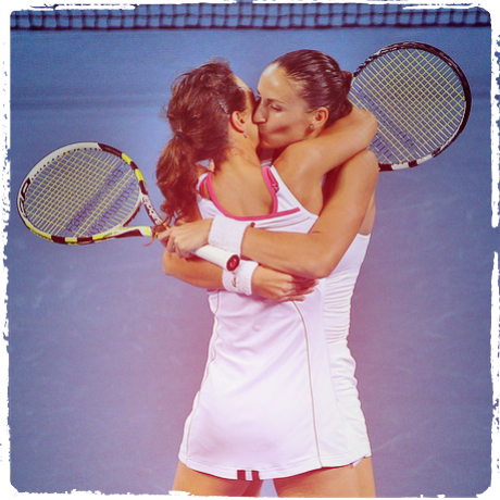 Lesbian tennis star casey dellacqua tells anti
